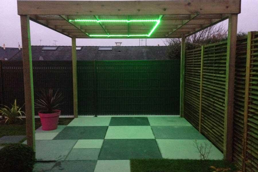 Eclairage de jardin couleur jardin for Eclairage led jardin terrasse