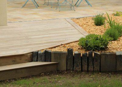 terrasse_bois_acacia_marches_couleur_jardin_2