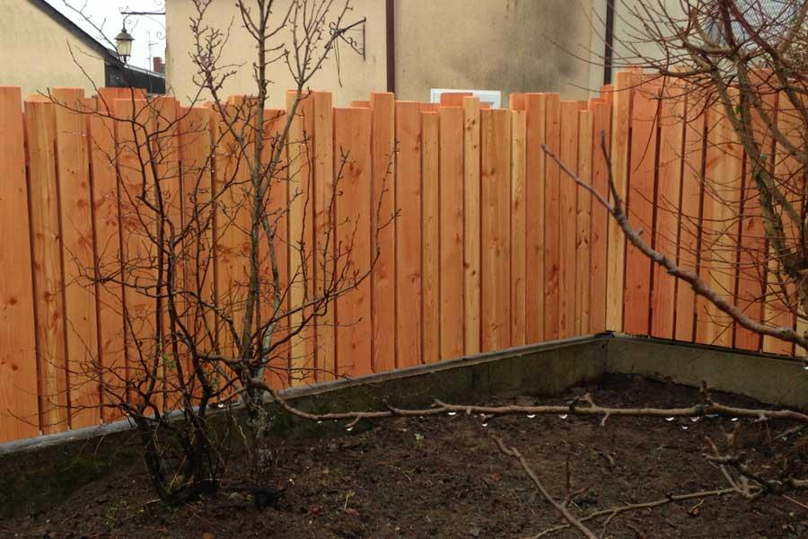 palissade en pin douglas  couleur jardin