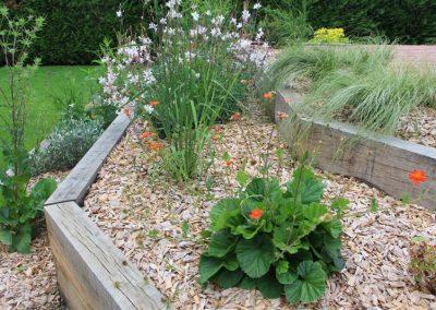 massif_vivaces_jardiniere_chene_couleur_jardin_angers_2