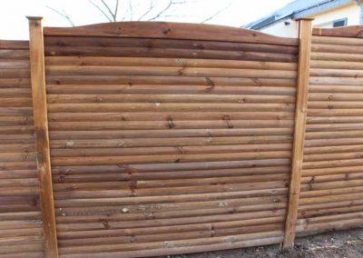 palissade-bois-pin-classe4-berline-couleur-jardin-2