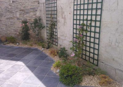 dallage-amenagement-jardin-treillis-1